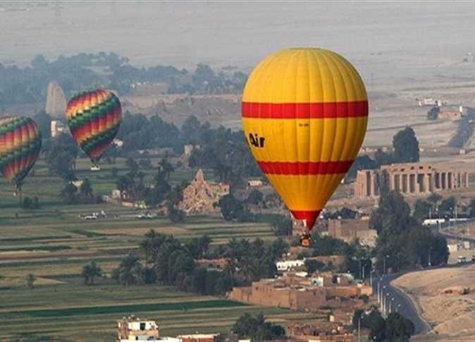 شركات البالون الطائر تسير 6 رحلات سياحية اليوم
