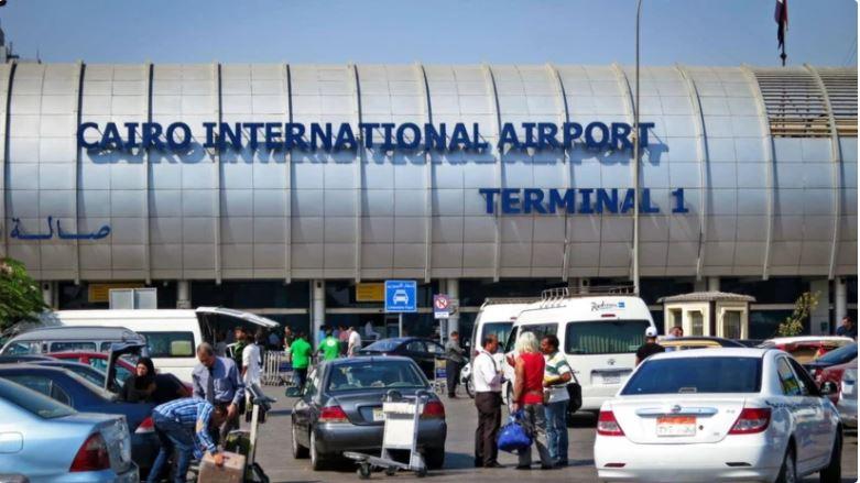 إحباط تهريب أجهزة تجسس وتصنت بحوزة راكب قادم من اليونان بمطار القاهرة