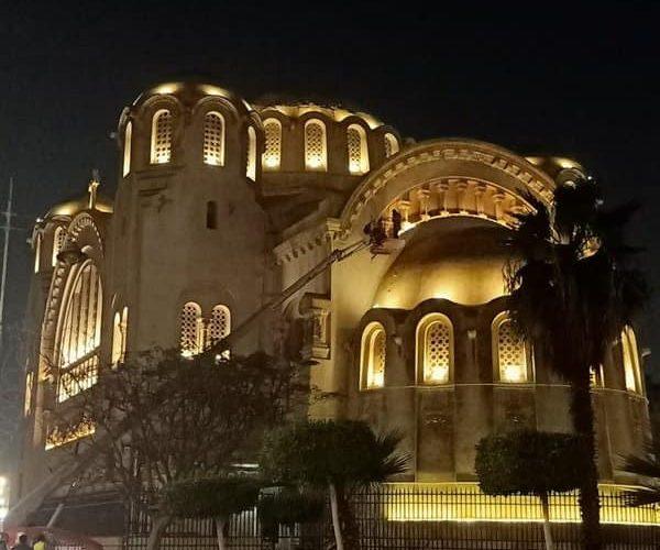 مواطنة تستغيث بالرئيس السيسي: كوبري مصر الجديدة يعرض كنيسة البازليك للخطر