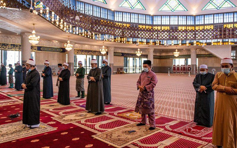 بث مباشر.. نقل شعائر صلاة الجمعة من مسجد السادات بمحافظة المنوفية