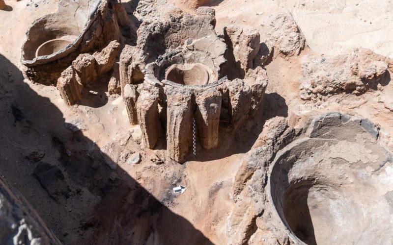 أثار سوهاج: اكتشاف أول مصنع للبيرة في العصور الفرعونية