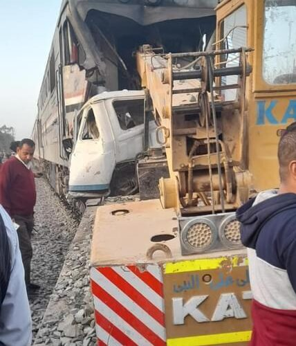 السكة الحديد والنقابة العامة للعاملين تنعيان ضحايا حادث قطار أسيوط